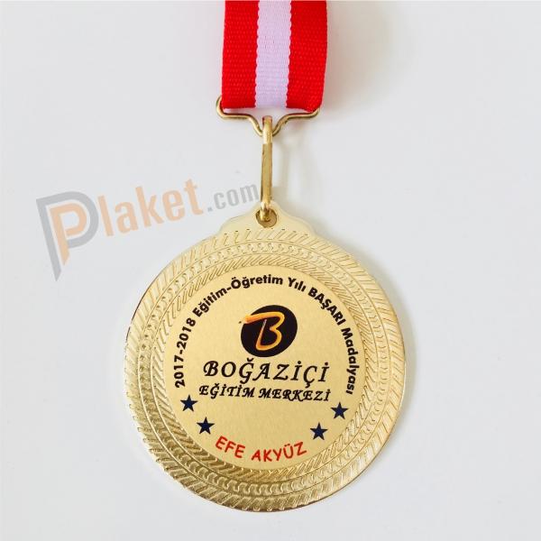 Boğaziçi Eğitim Merkezi madalyası için üretilmiş olan başarı madalyası
